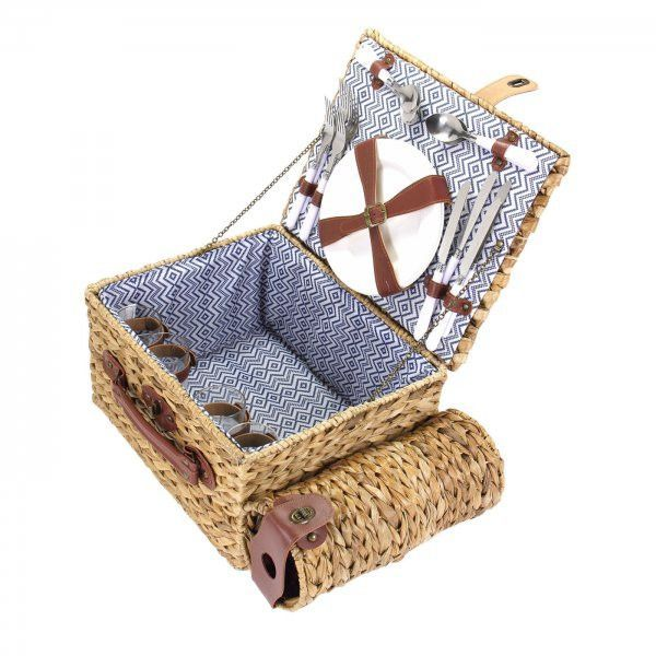 Banana Leaf Picnic Basket - Service for Four (Natural) (7.9H x 15W x 12.2D)