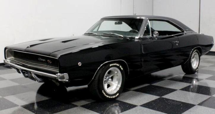 BLACK & MEAN 1968 DODGE CHARGER R/T | MOPAR MUSCLE CARS