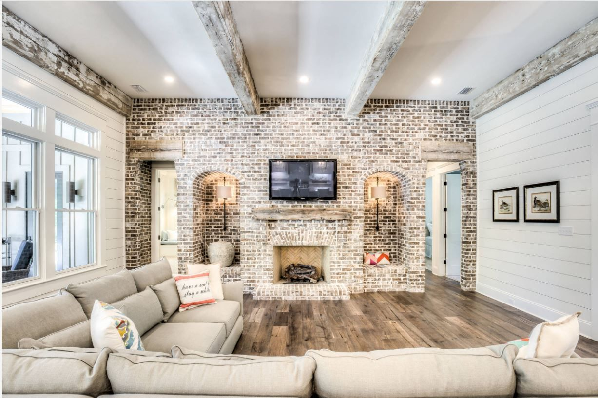 10 Strategies To Apply White Brick Wall In Various Rooms Archlux Net Farm House Living Room Brick Wall Living Room Accent Walls In Living Room