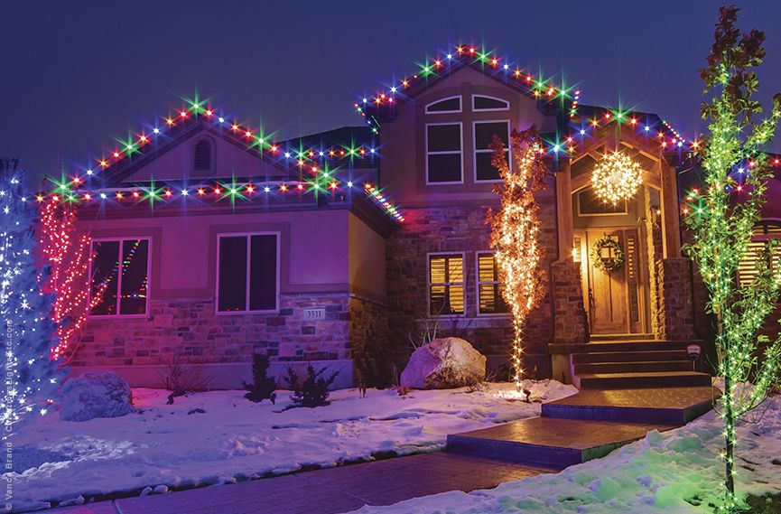 Outdoor Christmas Lights Ideas For The Roof Exterior