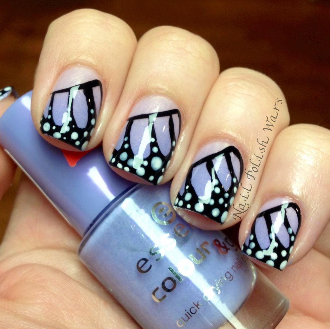 Butterfly nail art with gradient | Nail art | Pinterest | Nagellack ...