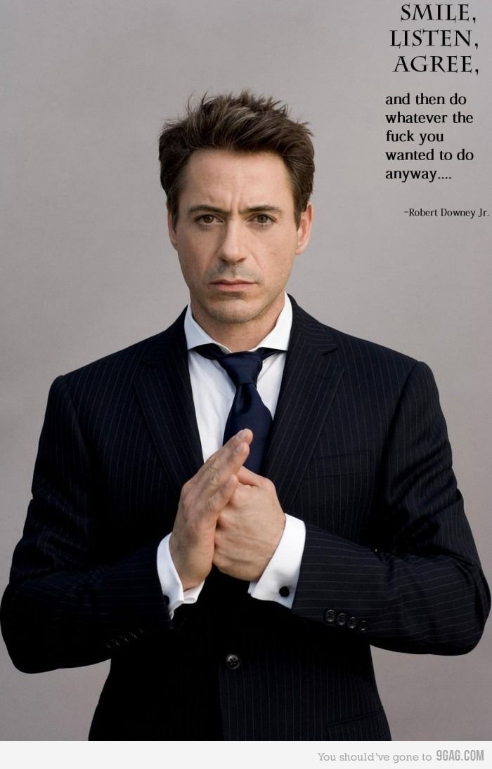 Robert Downey Jr. Un gran actor detras de una mascara, y en otras resolviendo misterios