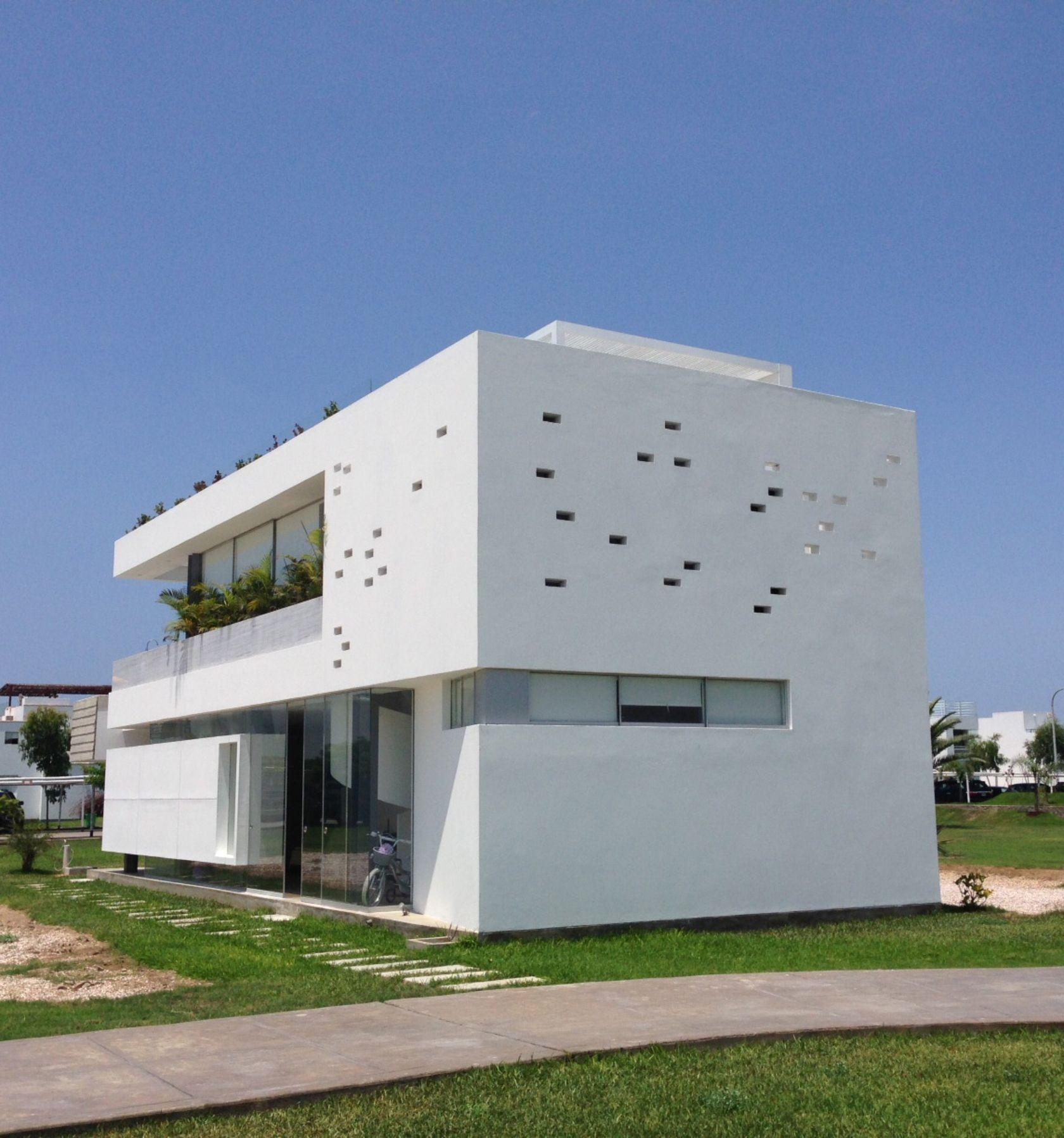 Architizer explore collect and source architecture for Casa minimalista lima