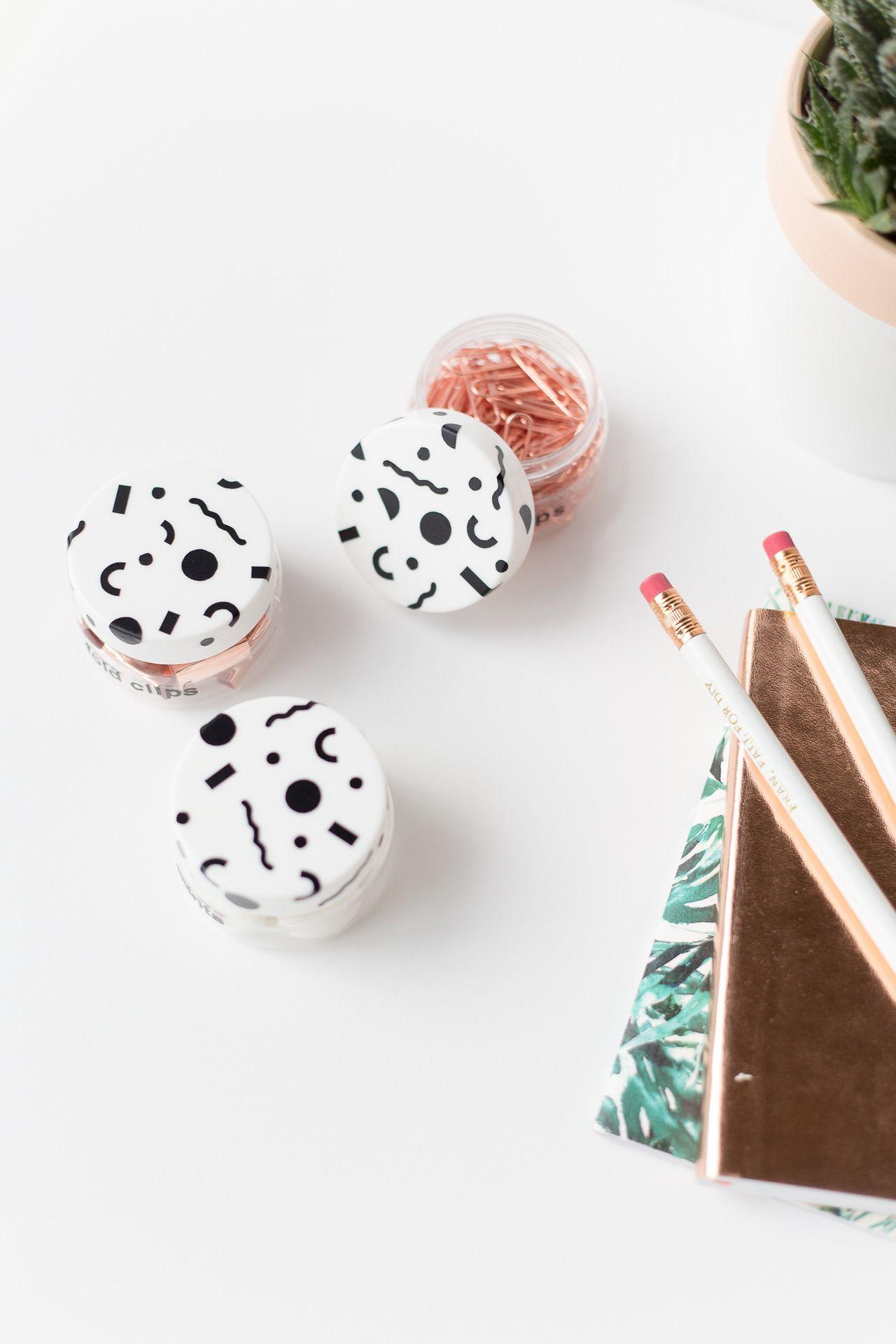 Как обновить ваши горшки с наклейками с рисунком |  Падение для DIY