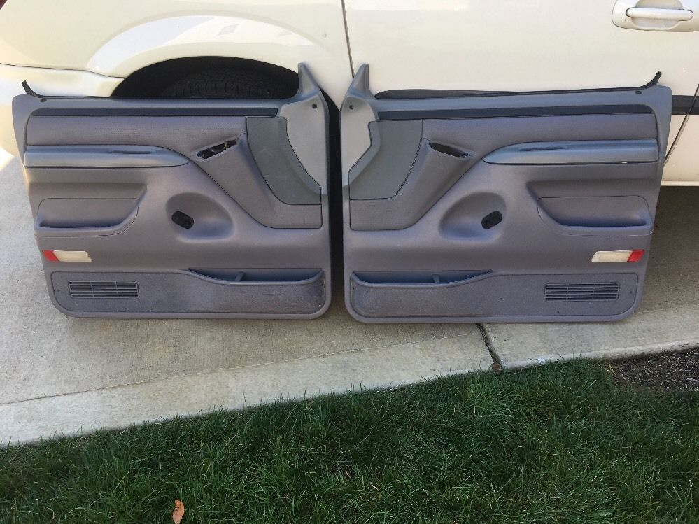92 96 Ford F150 Door Panels Gray 92 96 Ford F 150 250 Door Panels Light Gray Ford Trucks Trucks Bronco