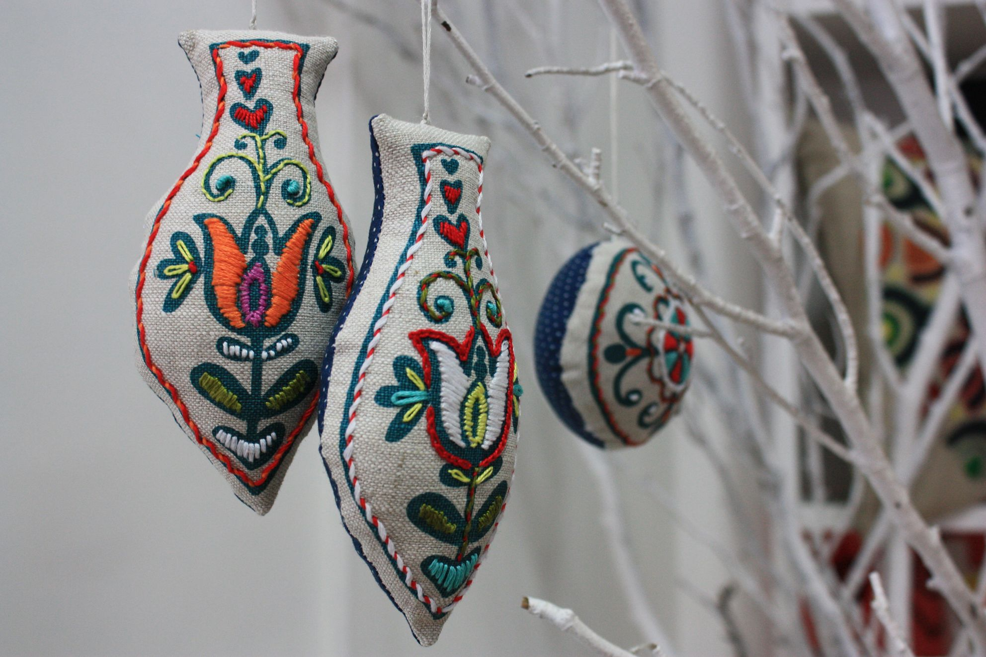Embroidered Christmas Decorations Crafty Crafts Embroidered