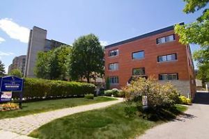 In An Excellent Downtown Ottawa Location Residents May Walk To Numerous Amenities Including Grocery Ottawa Apartment Apartments For Rent University Of Ottawa