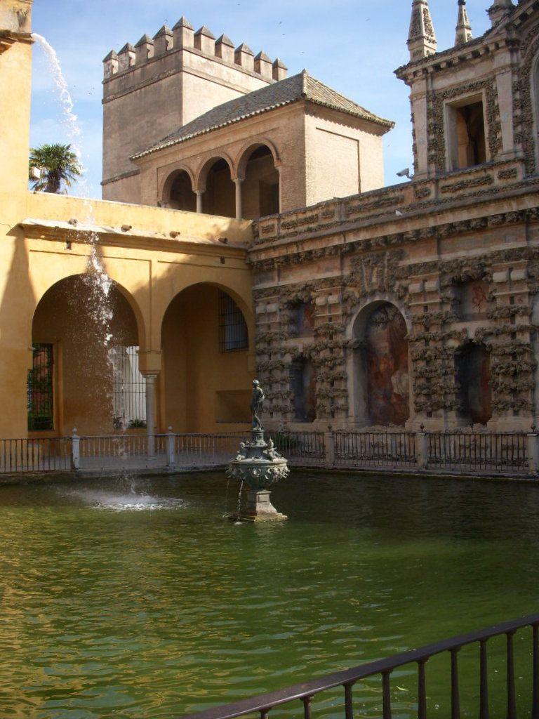 Http Www Hotelriberadetriana Com Alcazar De Sevilla Sevilla Hotel De Lujo