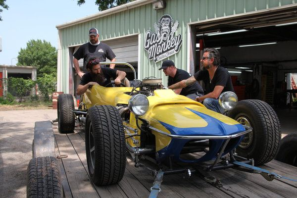 Aaron Kaufman Richard Rawlings Scot Mcmillian Jr And Kc Mathieu In Fast N Loud Picture Fast N Loud Picture 1 Of 17 Gas Monkey Jungs