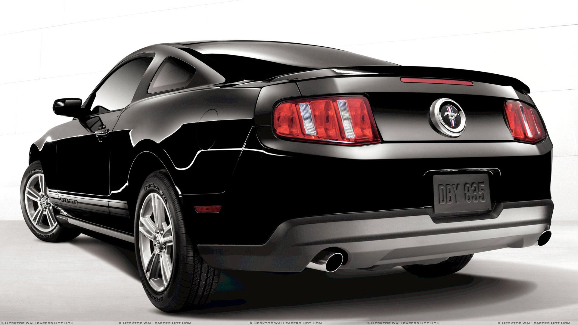 Back Side Pose Of 2011 Ford Mustang V6 In Black 2011 Ford