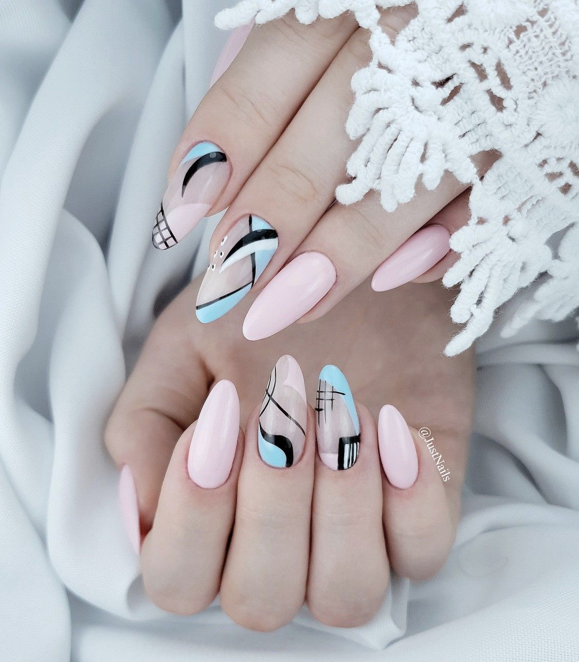 Pin By Justnails On Justnails With Images Rozowe Paznokcie