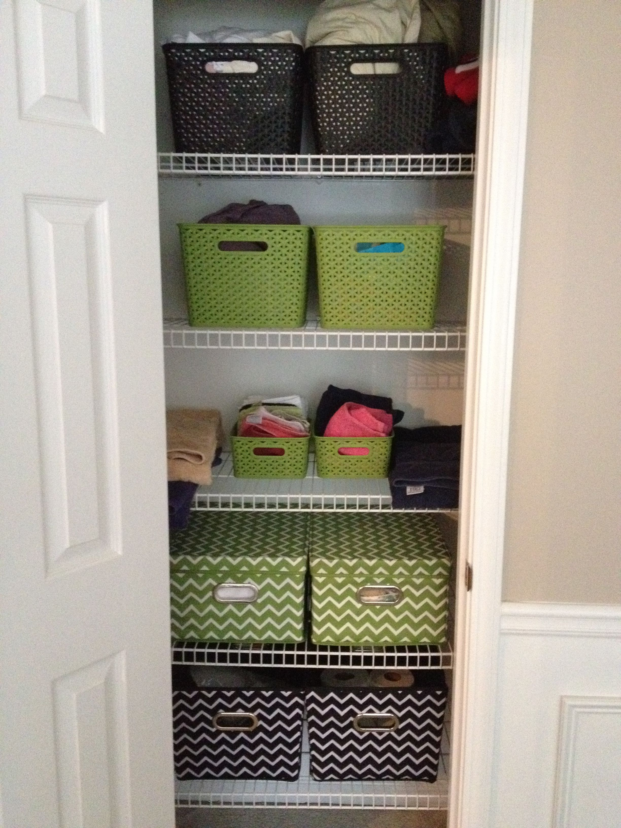 Making Your Linen Closet Color Coordinated Might Motivate You To Keep It Clean