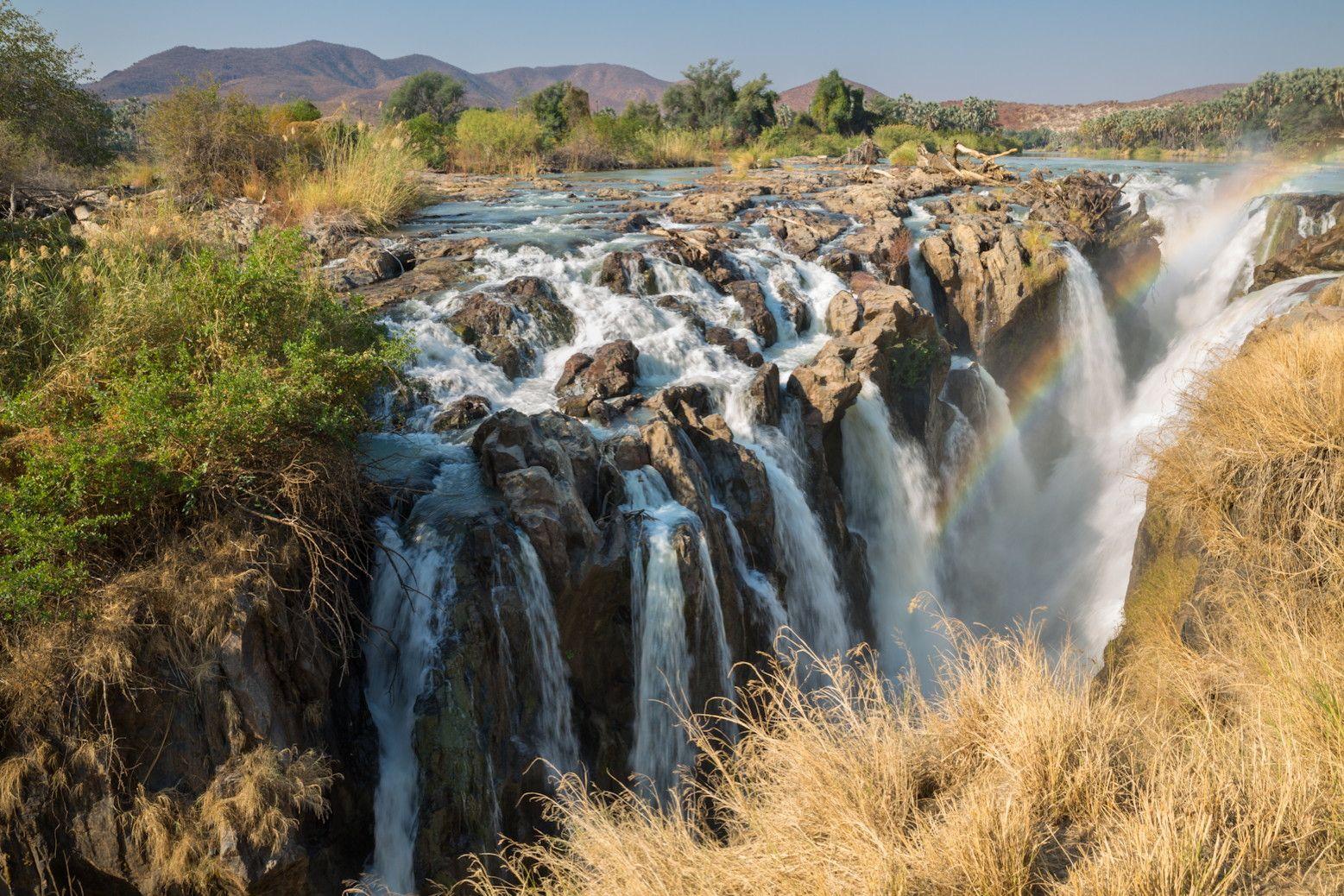 Chutes d'Epupa, Namibie. La rugissante chute d'Epupa sur la rivière Kuene peut atteindre en saison un débit de 500 000 litres, voire un million de litres par seconde.  ©  F.C.G. - Fotolia.com http://www.linternaute.com/