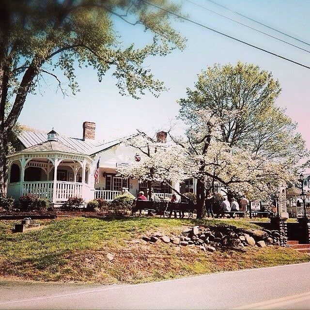 Photo of Applewood Farmhouse Restaurant - Sevierville, TN, United States. Beauty all around