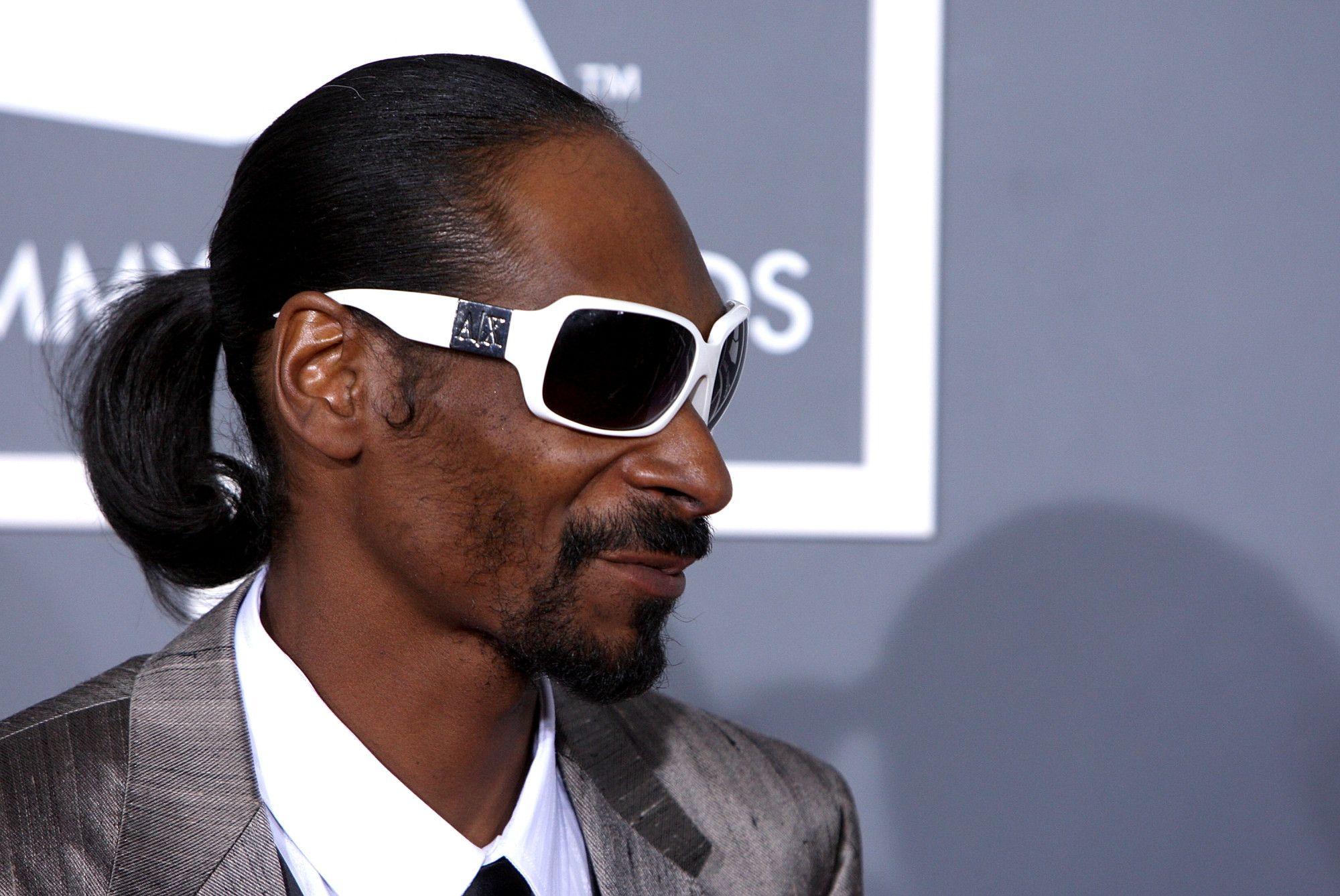 Snoop Dogg Went From Clowning To Threatening Iggy Azalea