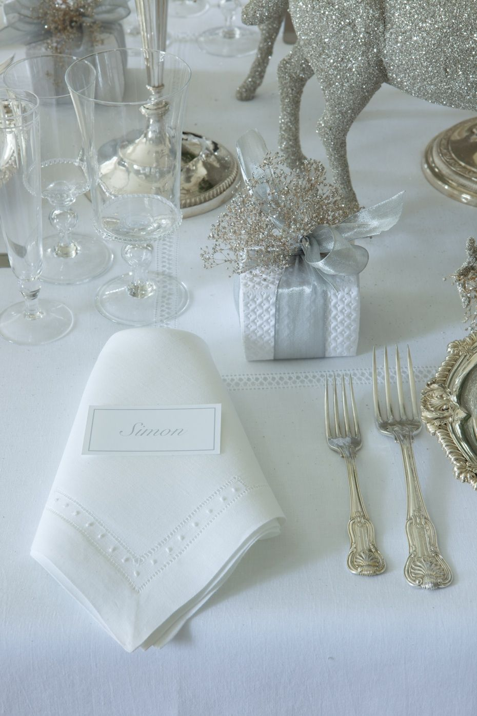 Carolyne Roehm Winter Table