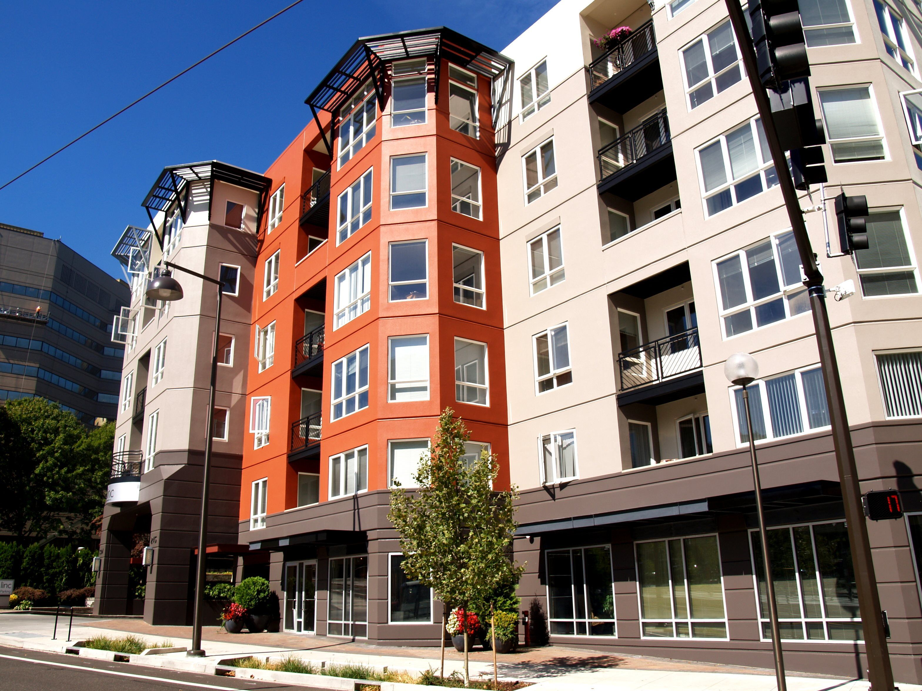 View Photos of Our Downtown Portland, OR Apartments 1