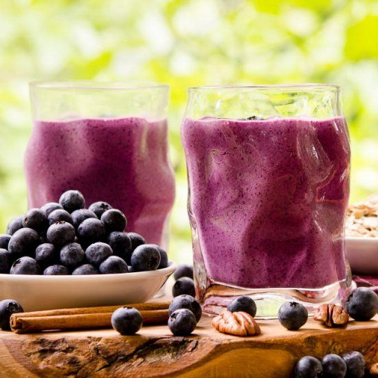 Blueberry Crumble Pie Smoothie has all the flavors of a classic pie in a glass.