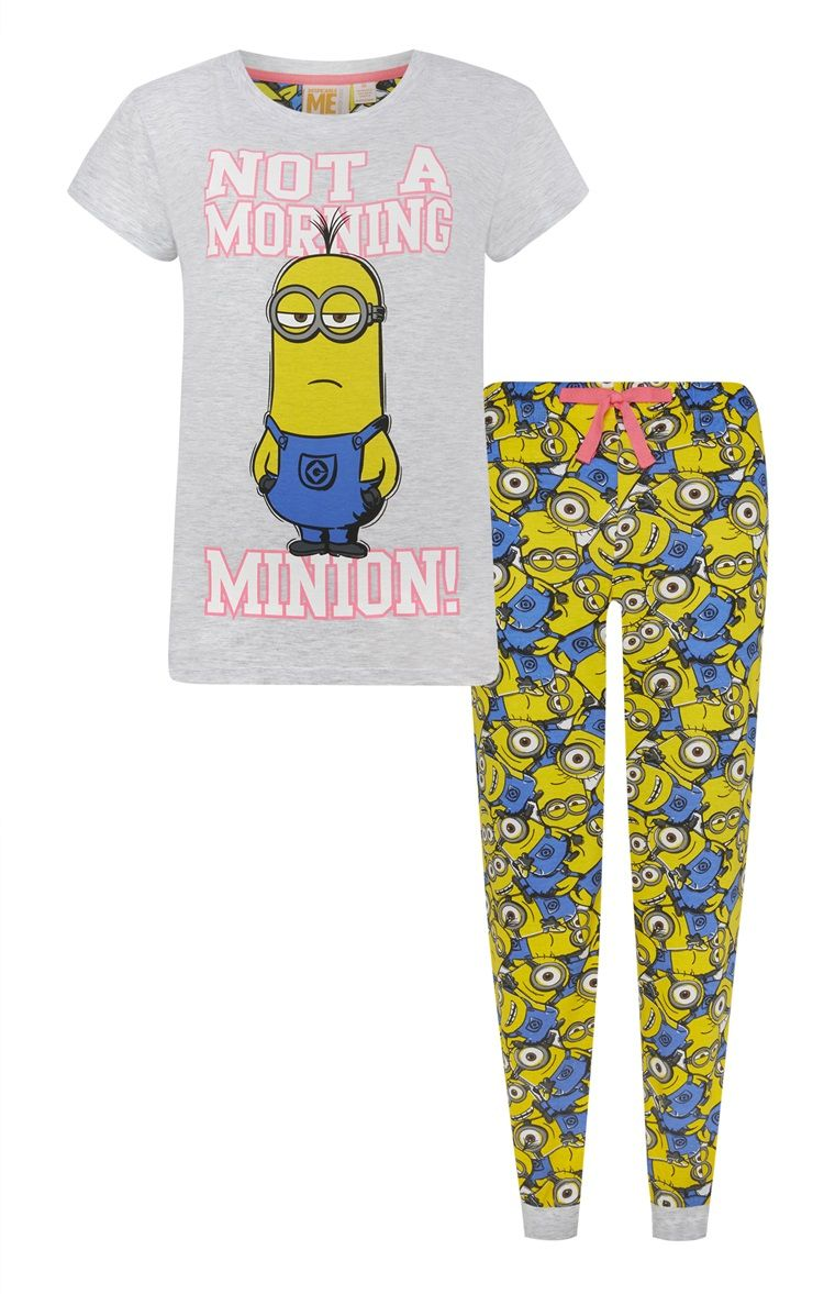 primark pyjamaset not a morning minion primark. Black Bedroom Furniture Sets. Home Design Ideas