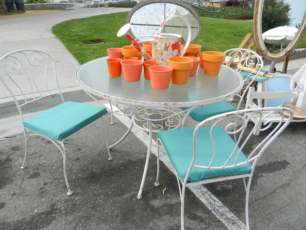 after: 1950's patio table & chairs sold! | {before and after