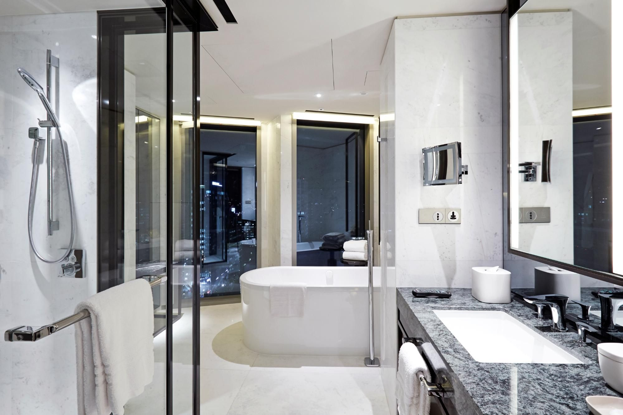 Four seasons hotel seoul south korea bathrooms for Design hotel seoul