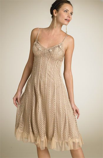 Sue Wong Short Crochet Dress Nordstrom They Don T Have It Anymore But This Is A Really Beautiful