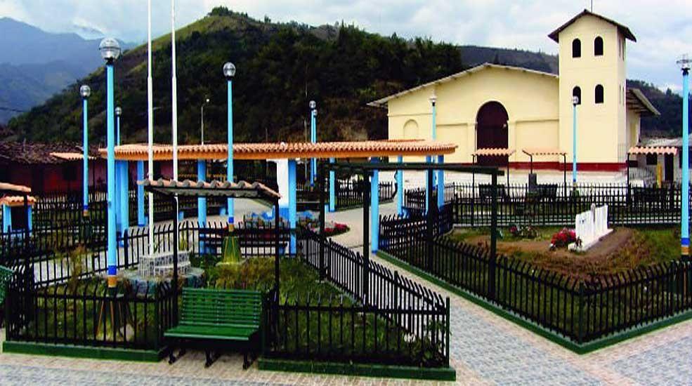 Resultado de imagen para yamango plaza principal