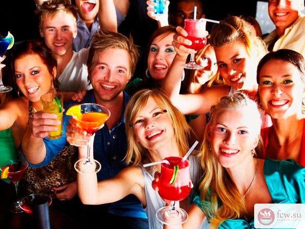 Незабываемая вечеринка: 10 простых советов https://www.fcw.su/blogs/vsjakaja-vsjachina/nezabyvaemaja-vecherinka-10-prostyh-sovetov.html  Вы собираетесь закатить незабываемую вечеринку? Многие заблуждаются, думая, что для удачного вечера достаточно собрать вместе интересных людей, приготовить выпивку и включить любимую музыку. Продумайте все более тщательно, а мы дадим вам несколько лайфхаков на этот счет.