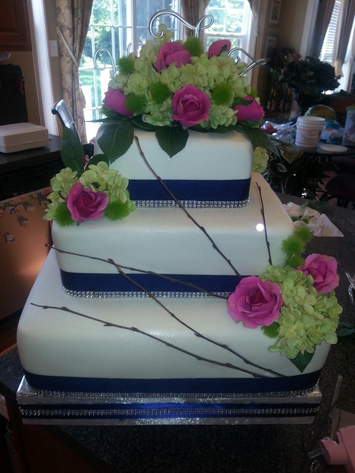 Front of wedding cake
