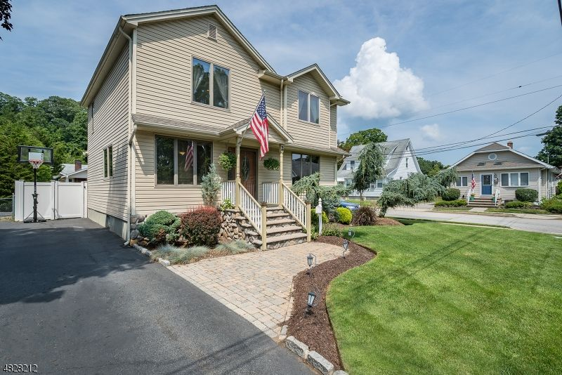 2 Rhinesmith Ave Wanaque Nj 07465 With Images Wanaque House
