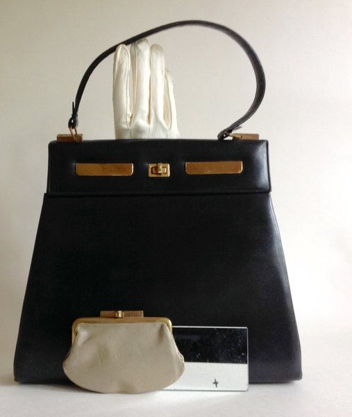 SUSAN HANDBAGS LONDON Medium sized 1960s Black All Leather Vintage Handbag  With Purse Mirror and Leather Lining b188f185182cb