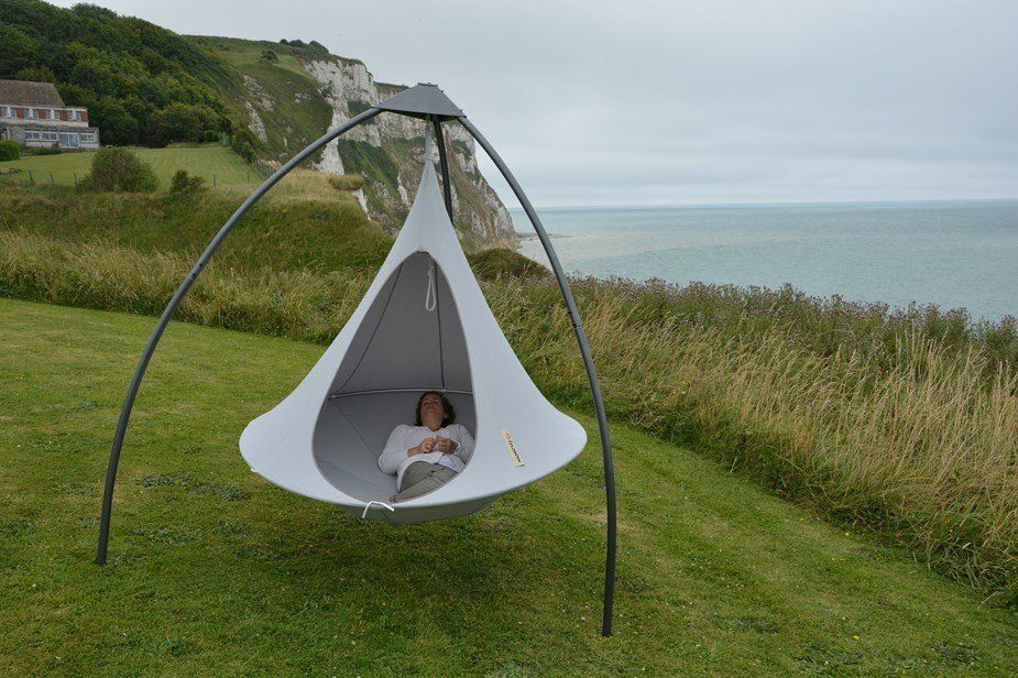 Cacoon Hammock Tripod (With images) Cacoon hammock
