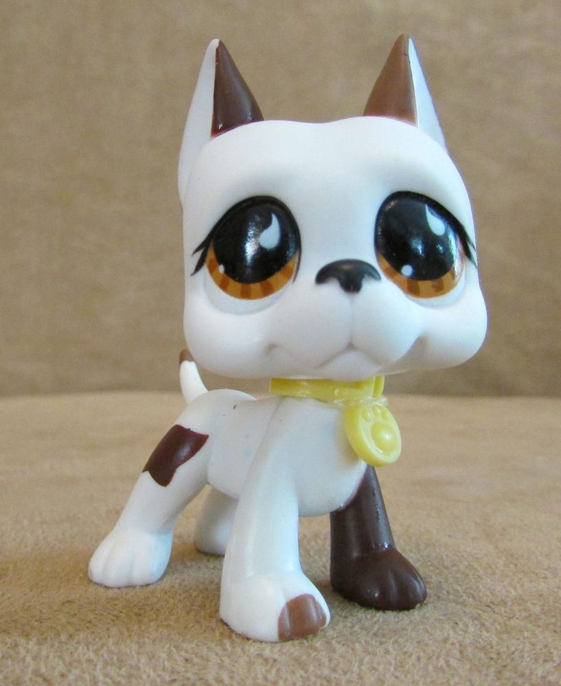 750 White Great Dane Dog Brown Eyes Lps Littlest Pet Shop Hasbro