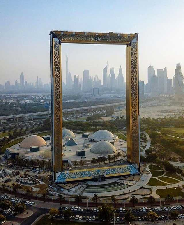 So Dubai now has the world's largest picture frame   in 2019 | Hodge