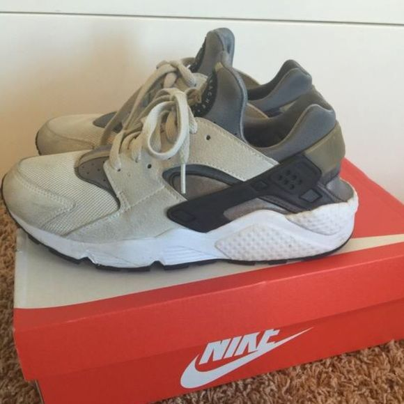 Rare huaraches men's 8.5 womens 9.5/10 These fit men's 8.5 or a woman's 9.5