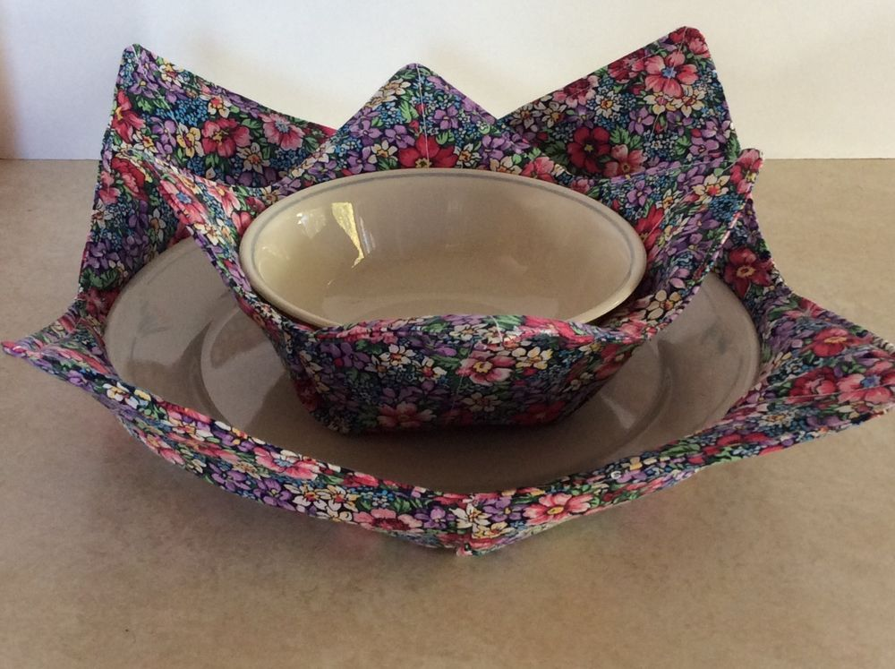 microwave plate bowl cozy pot holder home made country floral gifts microwave plate. Black Bedroom Furniture Sets. Home Design Ideas