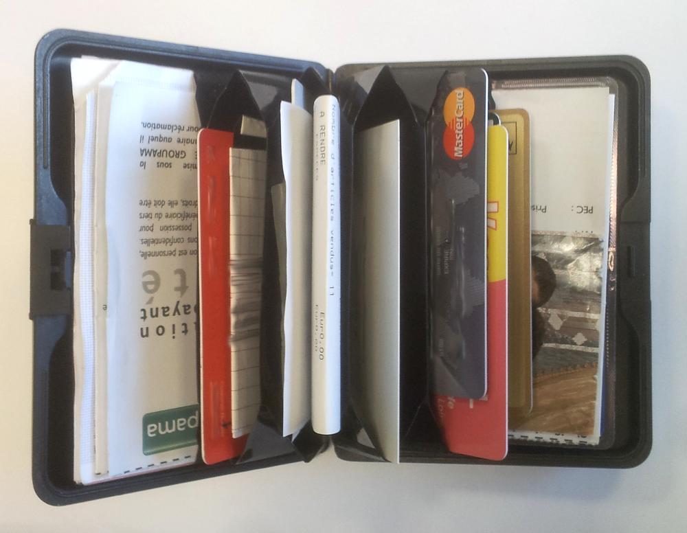 Le portefeuille en aluminium de Mathieu