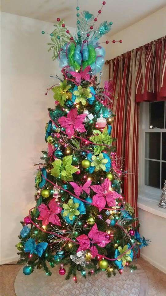 Blue, pink and green christmas tree | decoraciones de ...