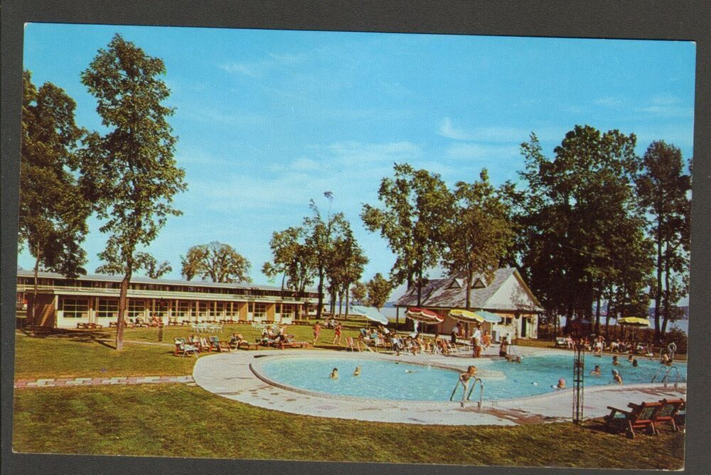 Unused Postcard Hotel Motel Des Laurentides Beauport