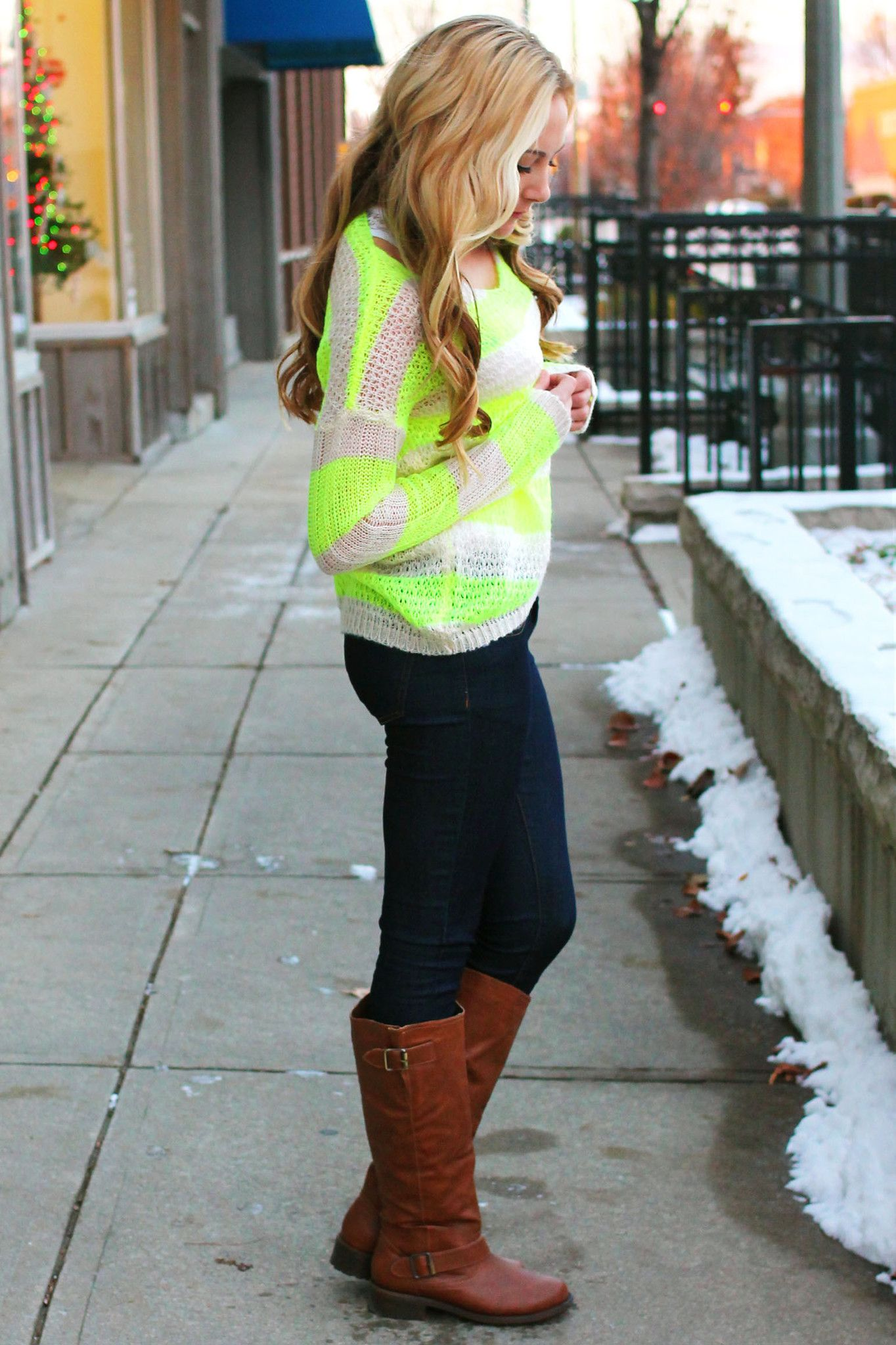 The Bold and the Beautiful Sweater - Lime