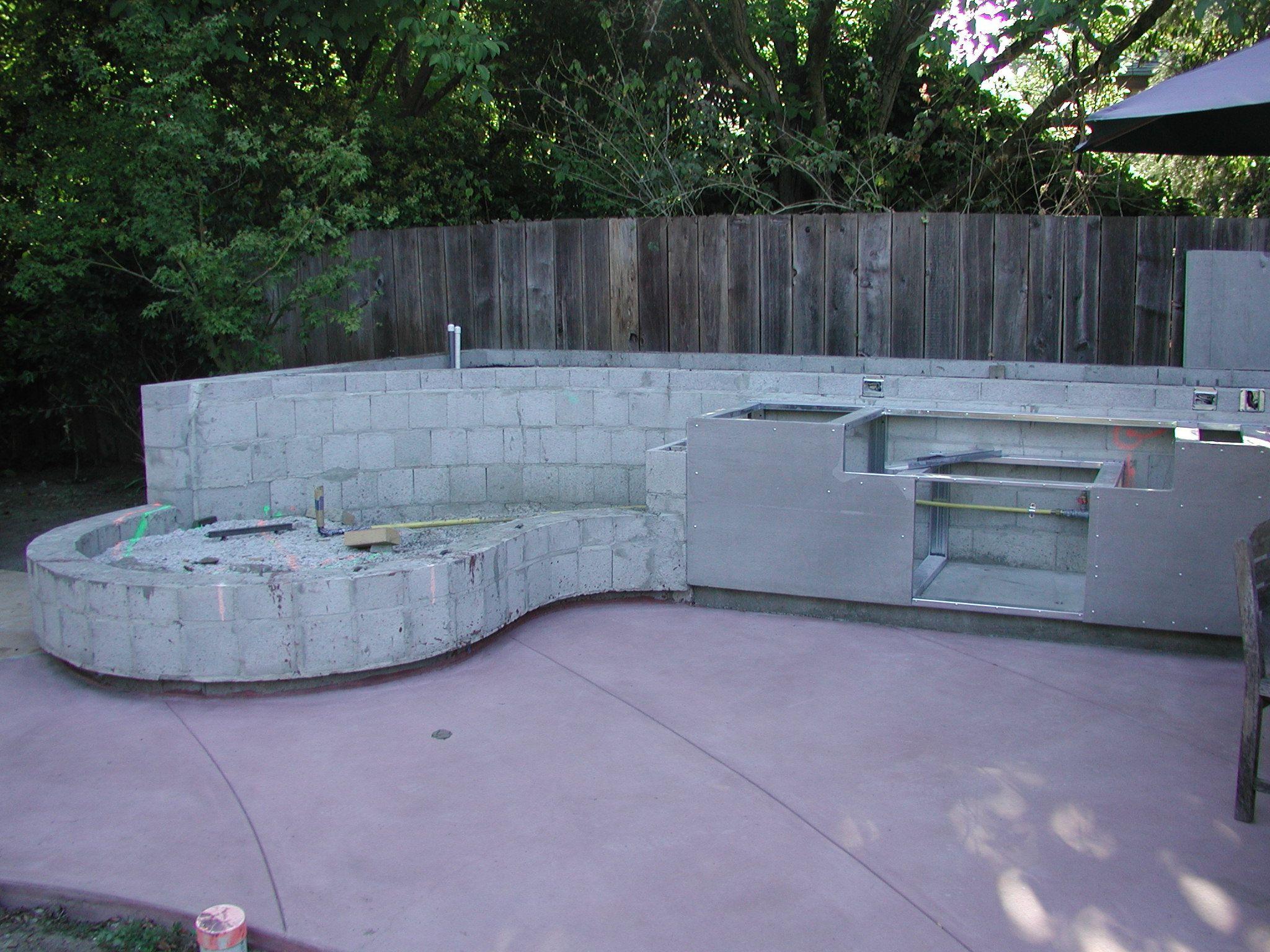Curved Concrete Block Google Search Concrete Blocks Outdoor Sectional Outdoor Decor