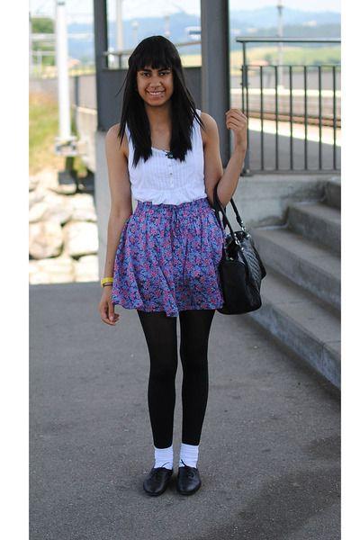 teen-xxx-black-pantyhose-white-socks-lesbians