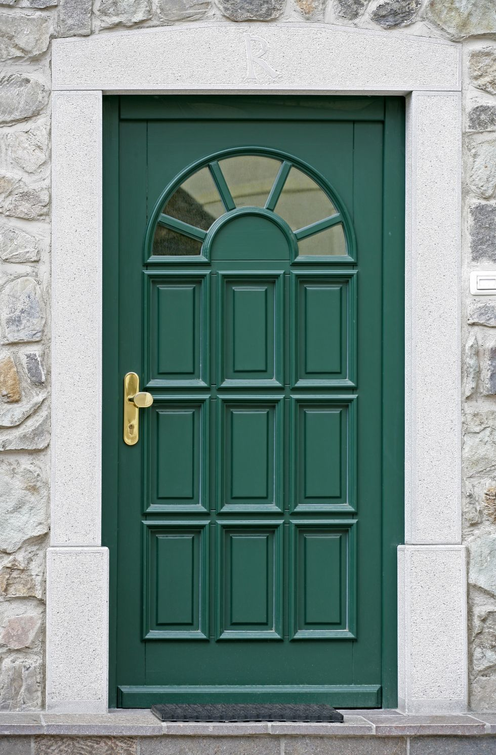 10 Beautiful Ideas for a Welcoming Front Door