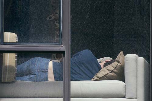 Photographer Arne Svenson -New Yorkers Upset Over Photographers Secret Snaps Through Their Windows svenson neighbors 10