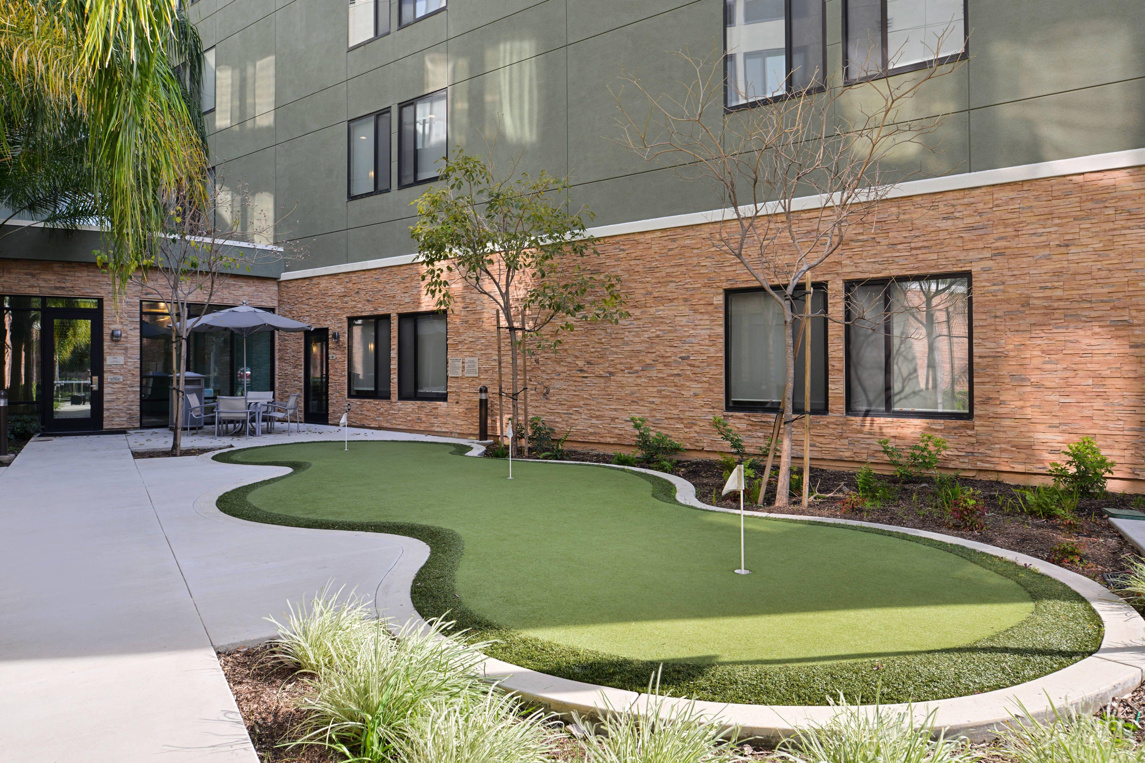 Springhill Suites Irvine John Wayne Airport Orange County Putting