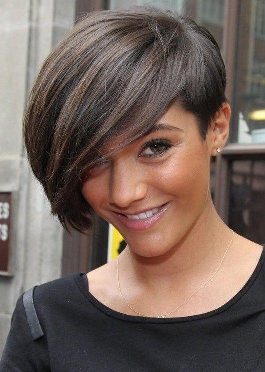 10 Straight Hairstyles For Short Hair Short Haircuts For 2021 Pretty Designs Thick Hair Styles Haircut For Thick Hair Hair Styles 2014