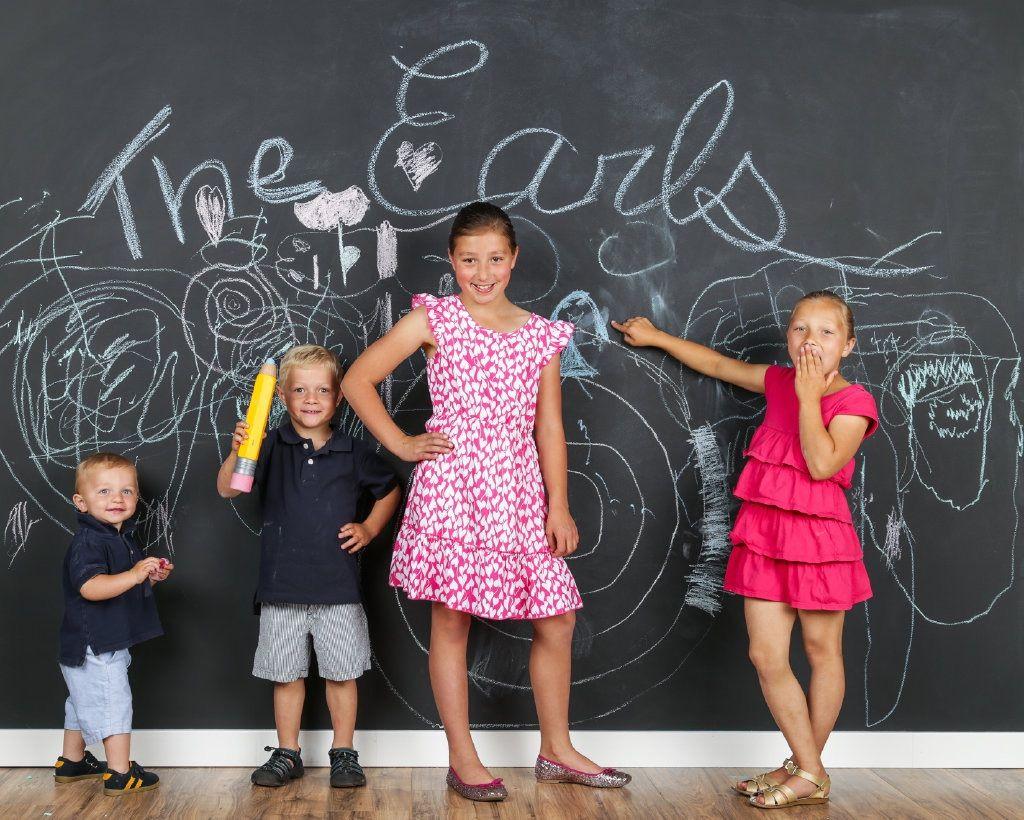 Chalkboard kid pics A great way to