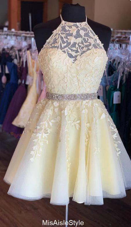 Knee Length Halter Neckline Yellow Homecoming Dress #dresses