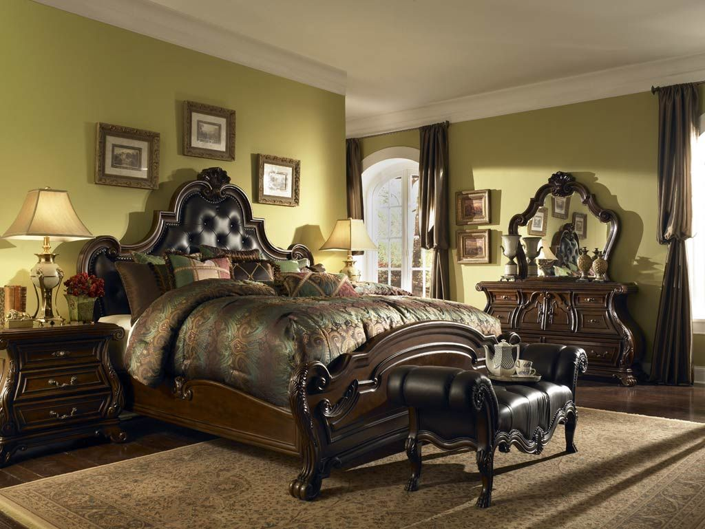 25 Stunning Traditional Bedroom Designs | Traditional bedroom ...