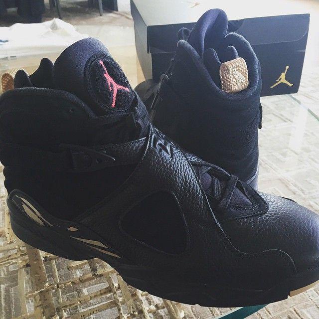 Drake | OVO collaboration w| Air Jordan 8's